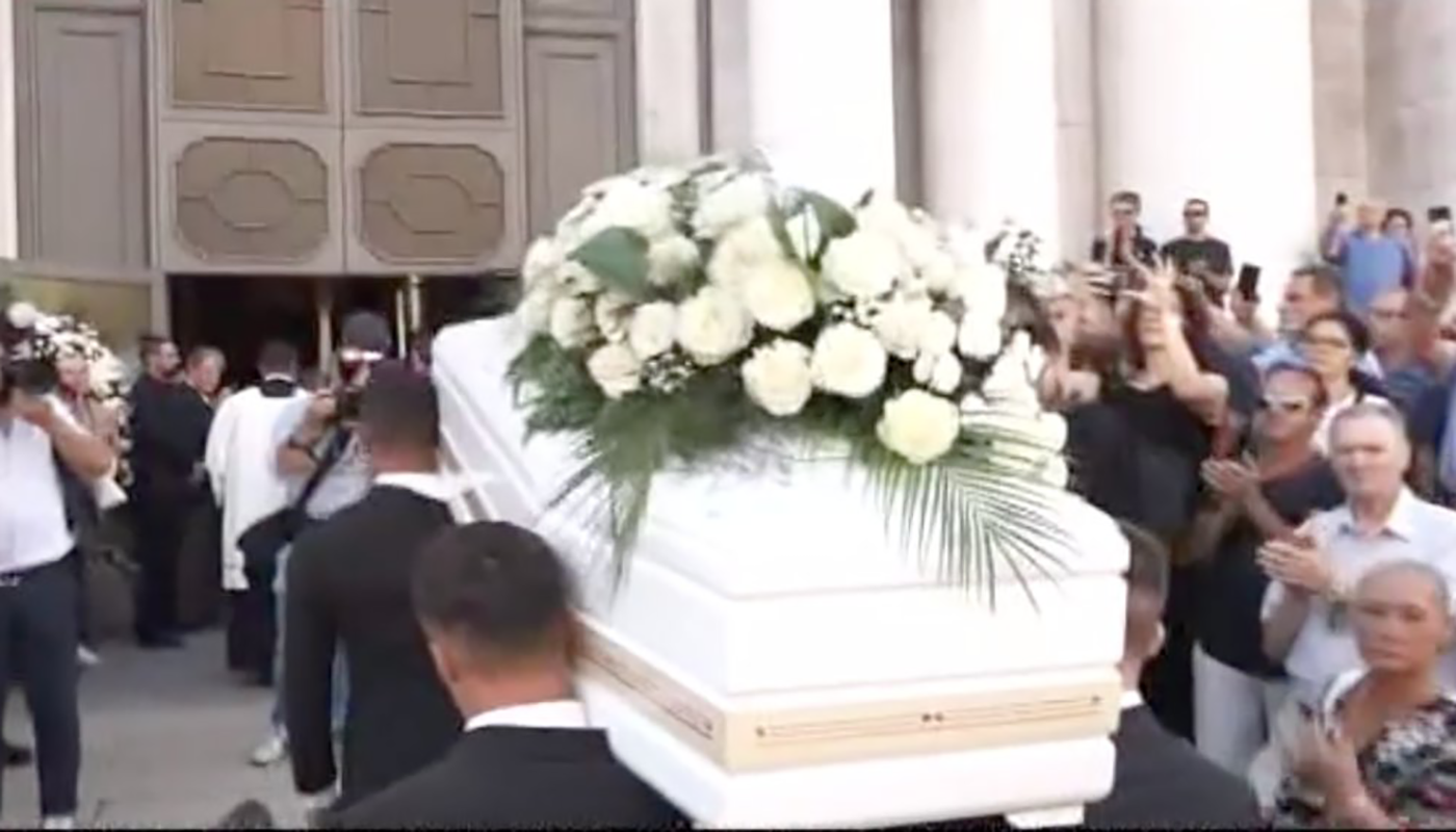 Il funerale in streaming